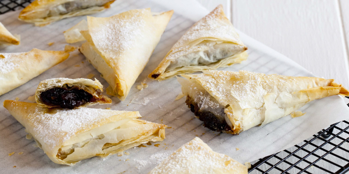 fruit mince filo parcels