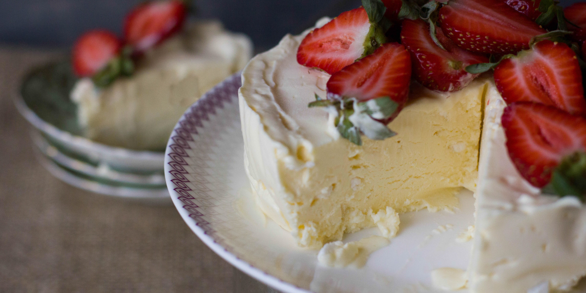 lemon pavlova ice cream