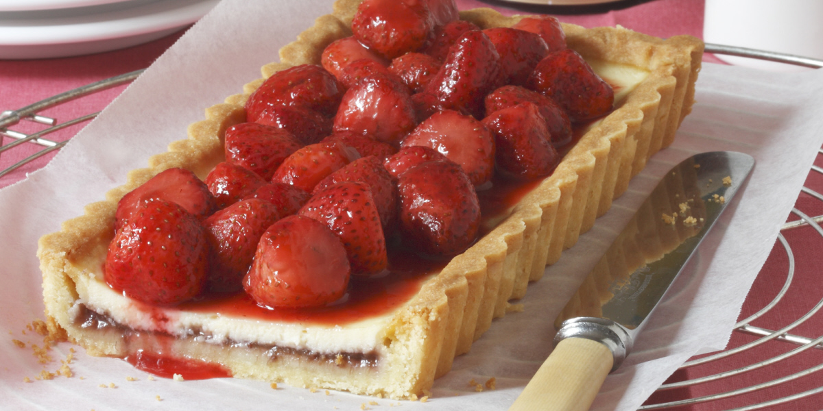 rhubarb red berry tart